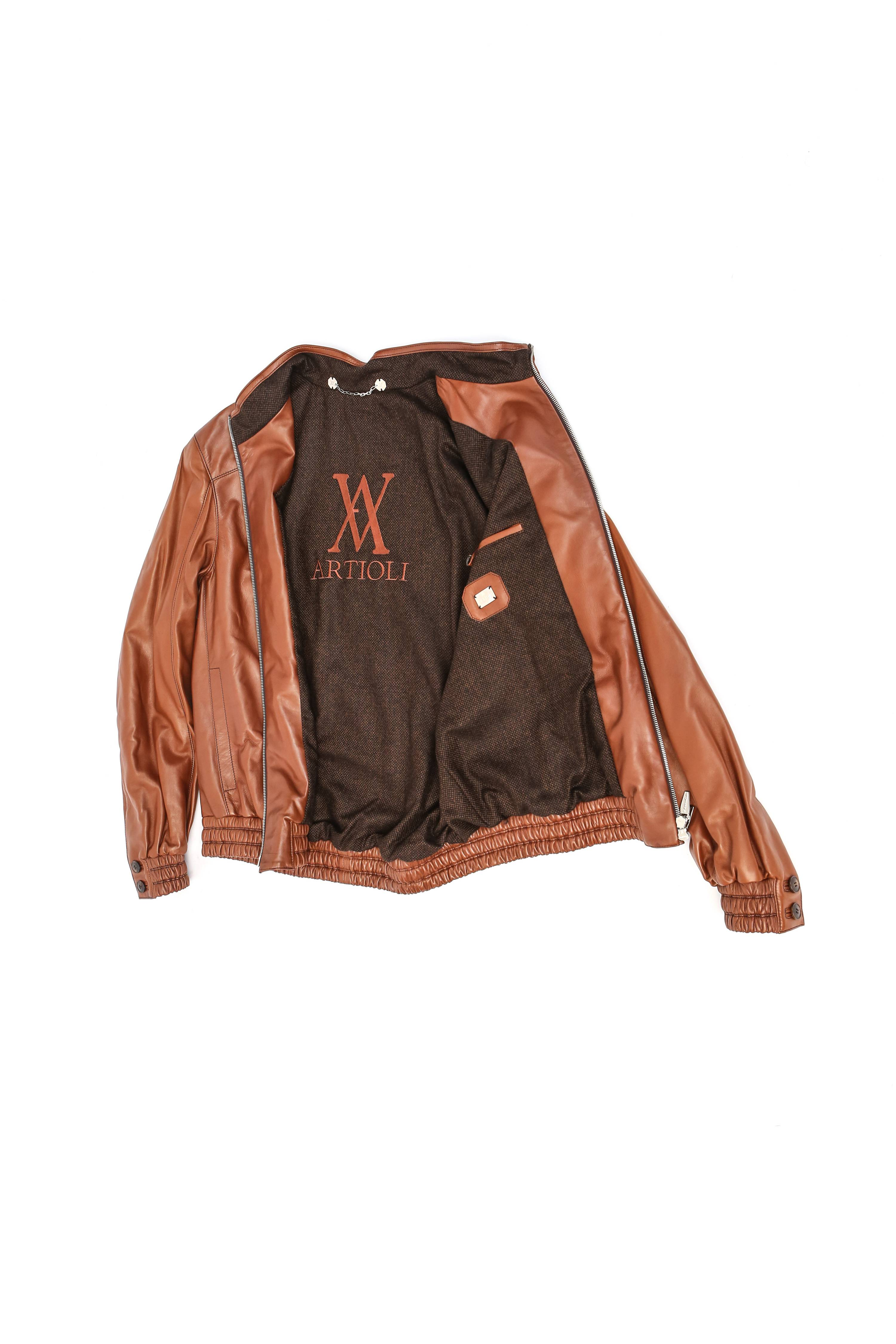 5 good reasons to buy a genuine leather jacket
