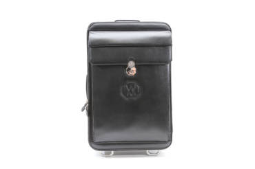 The 4 features of our practical and elegant suitcases